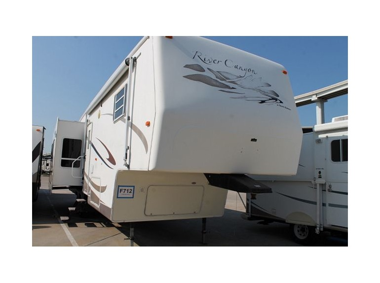 2005 Travel Supreme River Canyon 34KSTSO