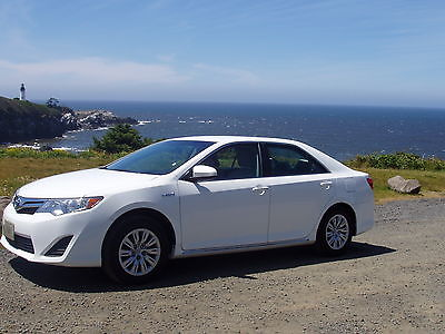 Toyota : Camry Hybrid LE Sedan 4-Door 2012 toyota camry hybrid le sedan 4 door 2.5 l white