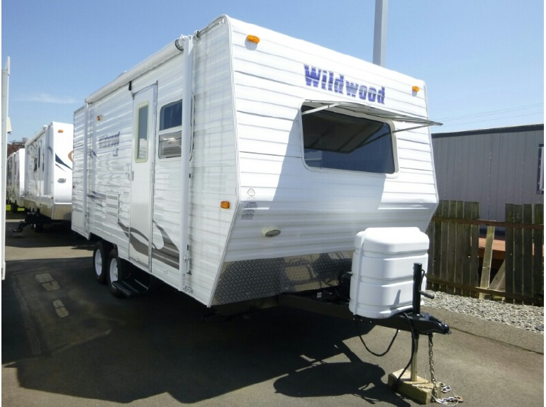 2008 Forest River Wildwood T19