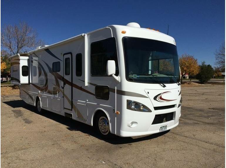 2013 Thor Motor Coach Hurricane 32A