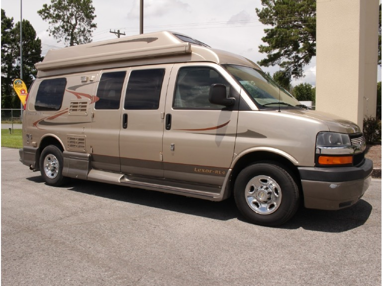 2008 Pleasure Way Lexor CHEVY TD