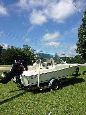 19ft Tristar bay fisher/cruising boat w/ 135hp Mercury w/ ONLY 93 HOURS!