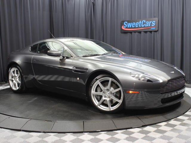 Aston Martin : Vantage 2dr Cpe V8 M CLEAN CARFAX REPORT! 6SPEED MANUAL! BOOKS AND KEYS! CRUISE CONTROL AND BLUETOOTH