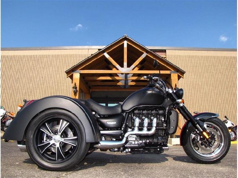 triumph rocket iii roadster motor trike motorcycles for sale. Black Bedroom Furniture Sets. Home Design Ideas