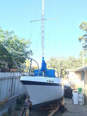 26' Clipper Marine Sailboat