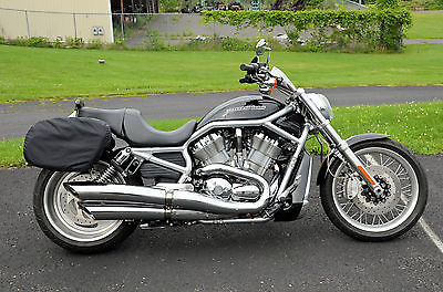 Harley-Davidson : VRSC 2010 harley davidson v rod vrod vrscaw 240 wide tire saddlebags sissy bar abs