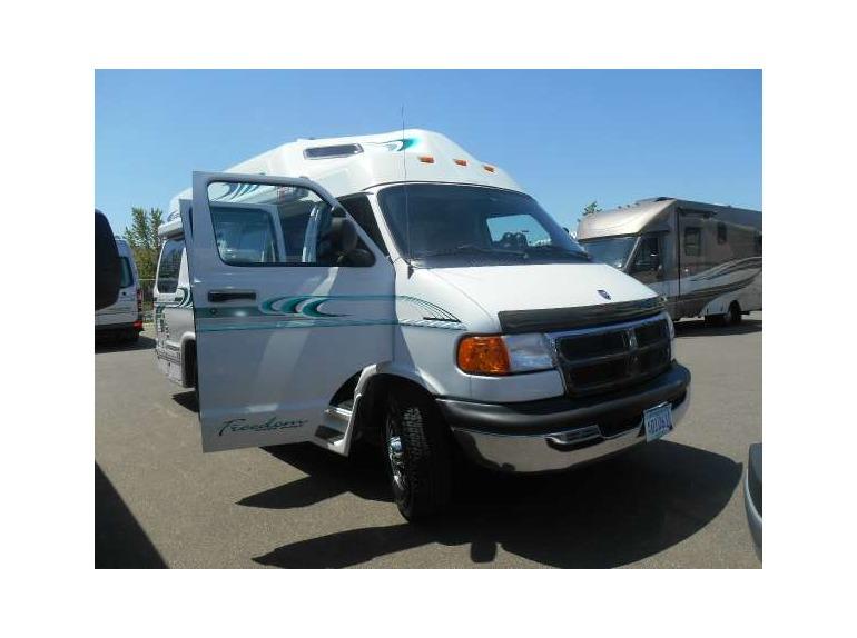 2001 Triple E Leisure Travel Vans Freedom