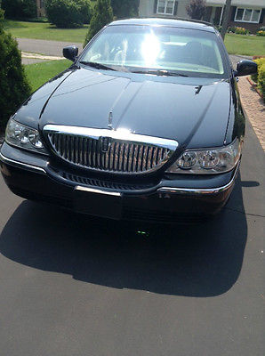 Lincoln Town Car Signature Limited Sedan 4 Door Cars For Sale In