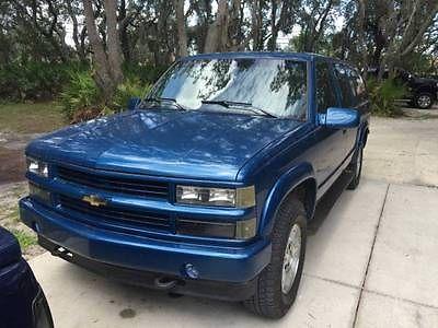 Chevrolet : Suburban Silverado 1994 chevrolet silverado suburban k 1500 4 x 4