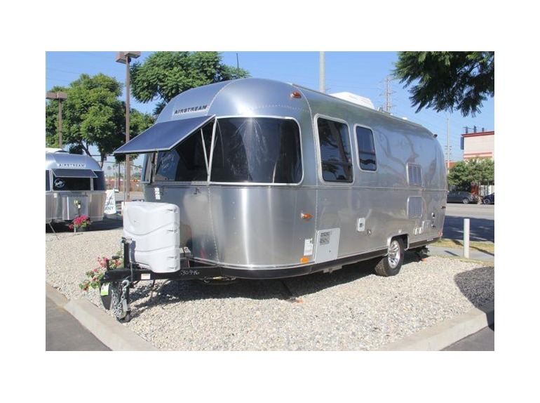 airstream 22fb sport rvs for sale in california. Black Bedroom Furniture Sets. Home Design Ideas