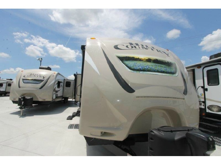 2016 Crossroads Rv Hill Country HCT32RL