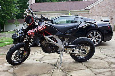 Aprilia : SXV 550 2011 aprilia sxv 550