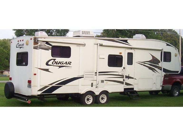 2006 Keystone Cougar 289EFS