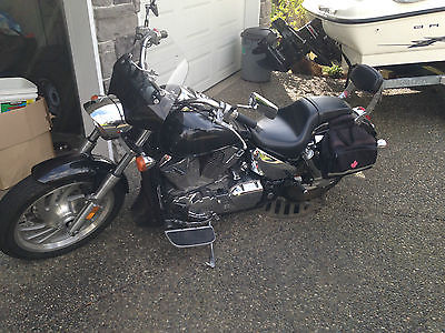 Honda : VTX 2008 honda vtx 1300 with only 5950 kms on it approx 3600 miles low miles