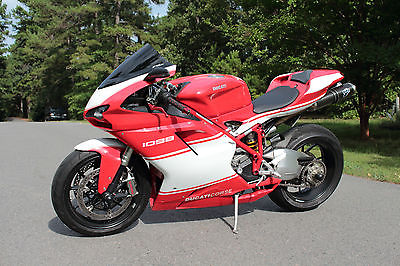 Ducati : Superbike 2008 ducati 1098 with custom fairings and paint job