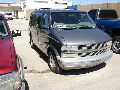 Chevrolet : Astro Astro LS 3-Door Passenger Van - Loaded 1999 chevrolet astro van nice shape loaded bad engine