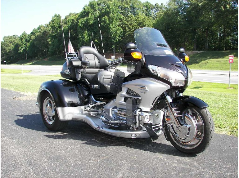 2012 California Side Car Viper