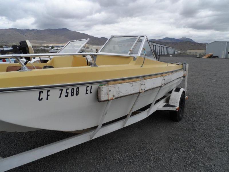 1971 Marlin Tri hull Pleasure Boat with Trailer