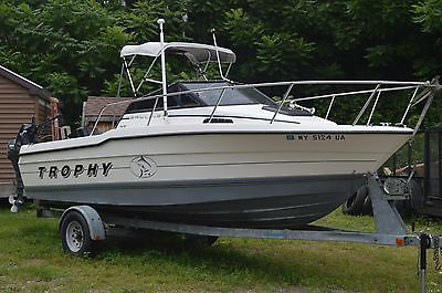 1992 Bayliner Trophy 22' Pro Fishing Boat - Trailer - and NEW EXTRAS