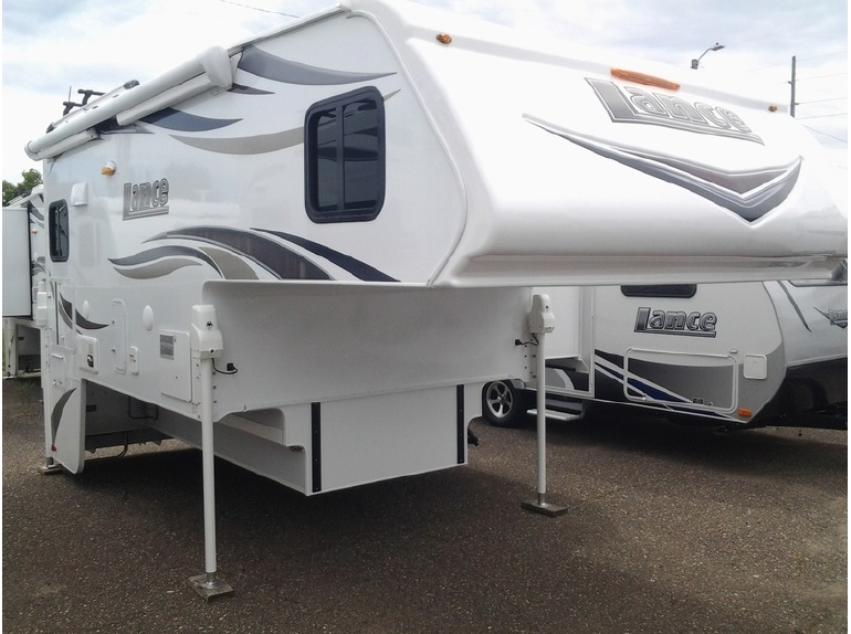 2016 Lance Truck Campers 975
