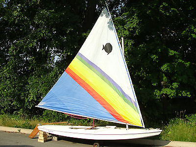 1991 Sunfish complete with sail, rudder and rigging - Very nice condition