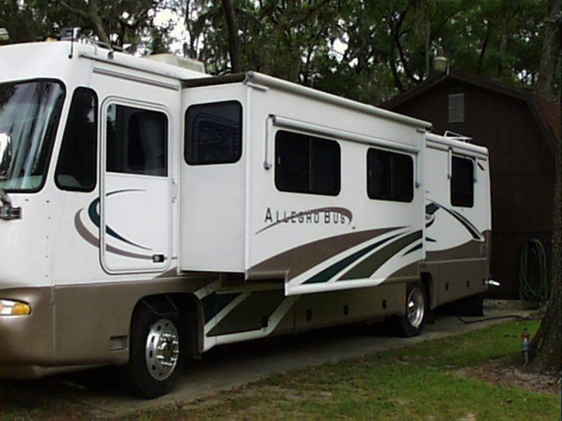 2000 Tiffin Allegro Bus