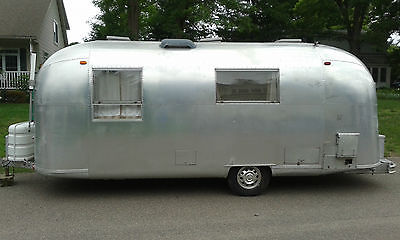 1966 Restored Vintage Safari Airstream Air Stream Camper RV Travel Trailer