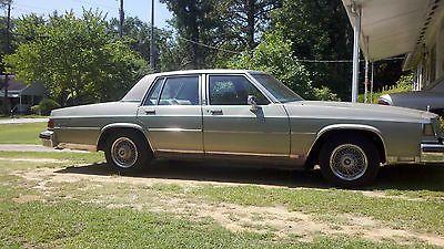 Buick : LeSabre Limited Sedan 4-Door 1985 buick lesabre limited sedan 4 door 5.0 l