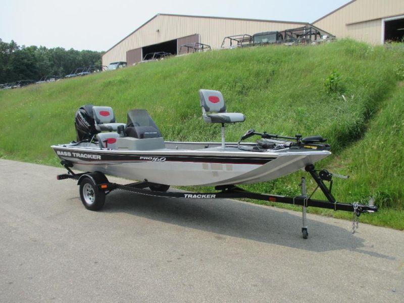 CLEAN 2014 Tracker 160 Pro w/40 hp Mercury 4