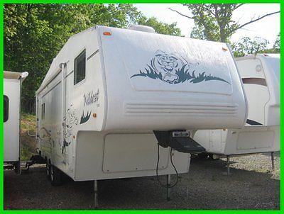 2003 Wildcat 27RL Used 5th Wheel 1 slide rear living camper
