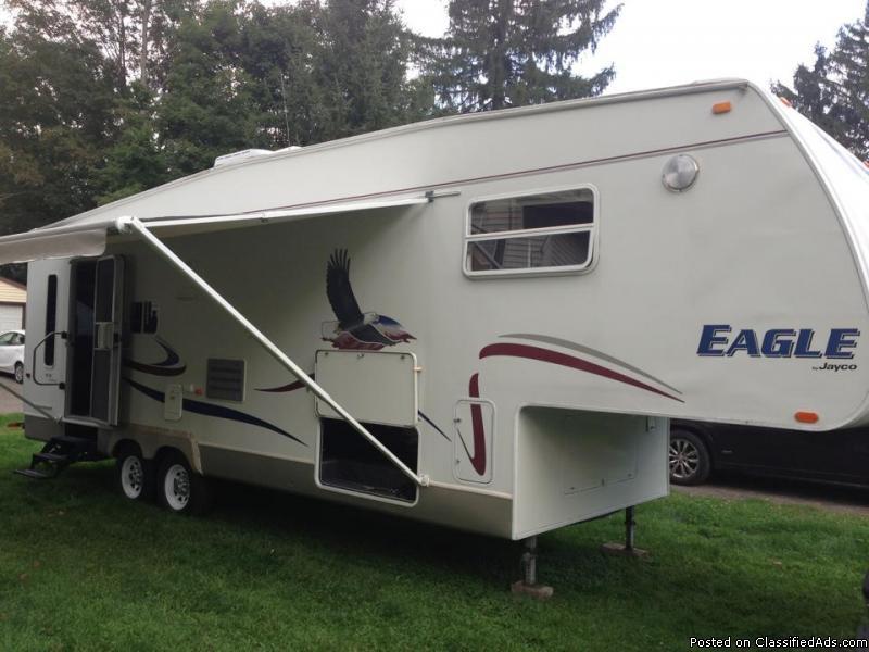 2004 Jayco Eagle Fifth Wheel Camper