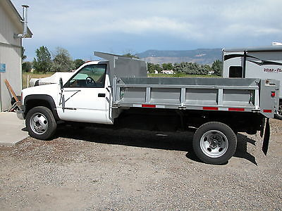 Chevrolet : C/K Pickup 3500  DUMP TRUCK W/ HINGED SIDES LOW MILES 454 STICK 93 chevrolet 3500 hd dump truck 18 k miles gas 5 spd new toyo tires pristine