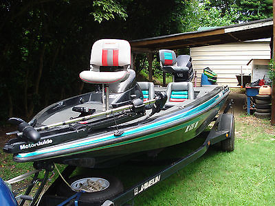 Javelin 389 Bass Boats for sale