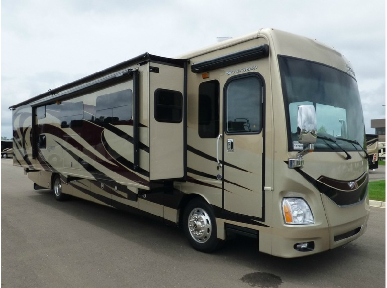 2016 Fleetwood Rv Discovery 40G