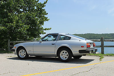 Nissan : 280ZX Beautiful, like new Silver with Blue Interior, Less than 11K original miles.