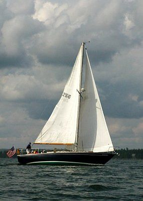 UPDATED 1970 Morgan 34' Classic Blue Masthead Sloop Professionlly Maintained