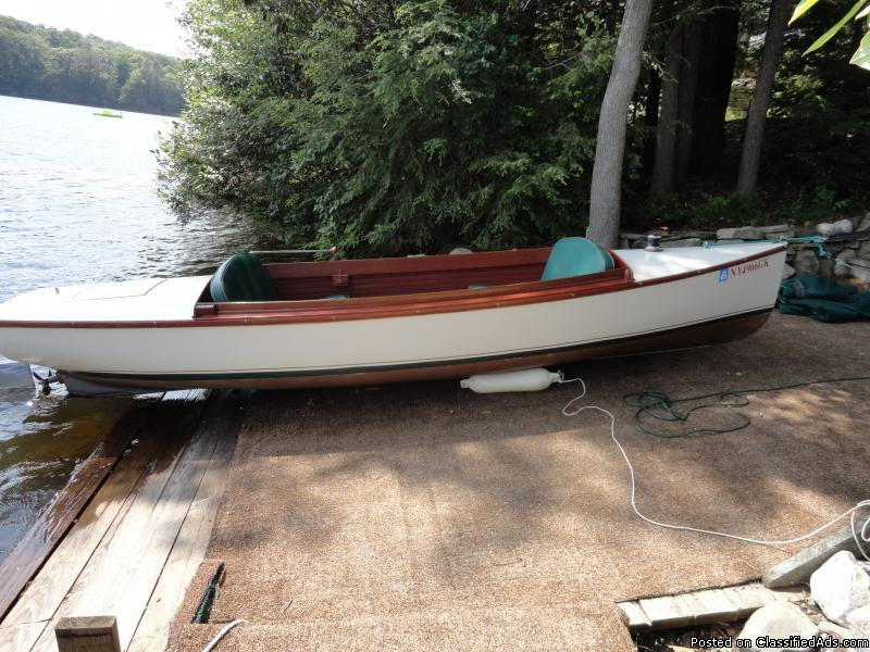 15ft wooden Electri-craft boat