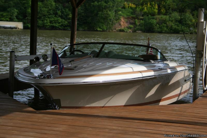 2007 Chris Craft Heritage Woody Speedster