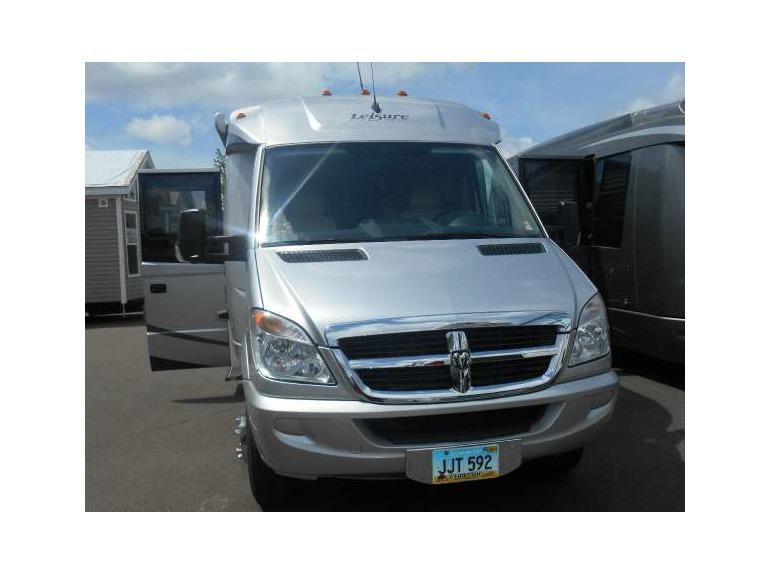 2010 Triple E Leisure Travel Vans Freedom II Serenity