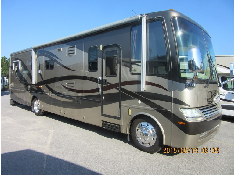 2005 Newmar Mountain Aire Mountain Aire 3783