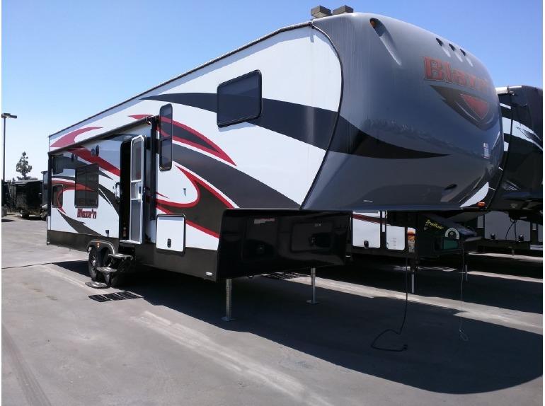 2015 Pacific Coachworks Blazen F295FS