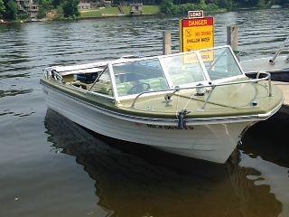 Classic 1973 Steury V518C 18ft boat w/ tilt trailer