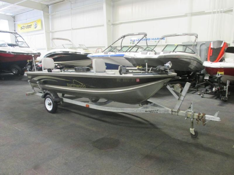 2000 Northwood 1467 Fisherman Tiller Aluminum Boat w/15 hp 4