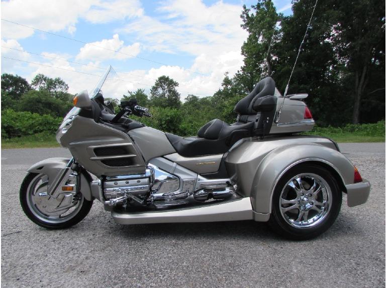 2002 Honda GOLDWING GL1800 ROADSMITH HTS