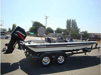 2001 Champion 196 DCX Elite Bass Boat