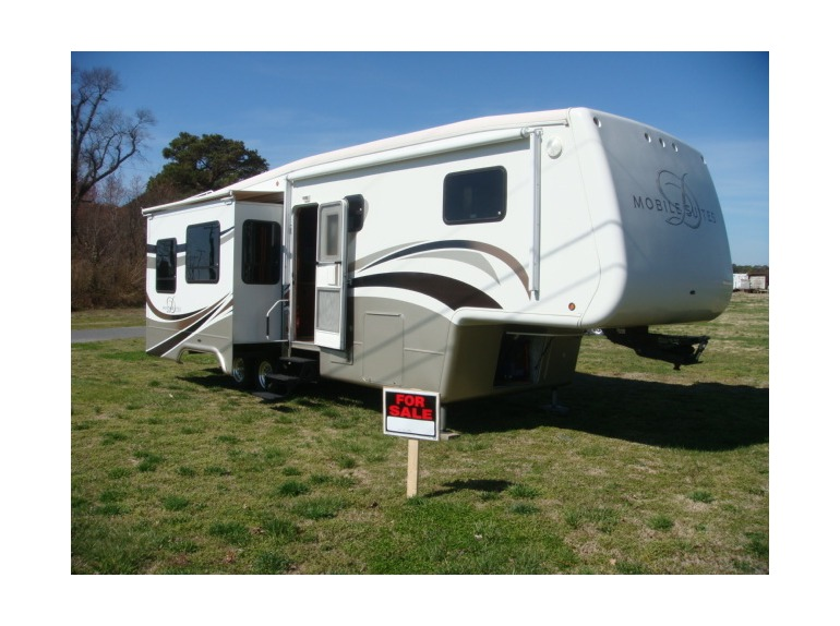 2008 DRV Mobile Suites 32TK3