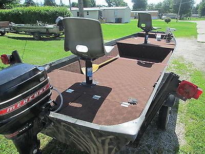16 FT ALUMINUM FLAT BOTTOM JON BOAT WITH 9.8 MERCURY MOTOR AND BOAT TRAILER!