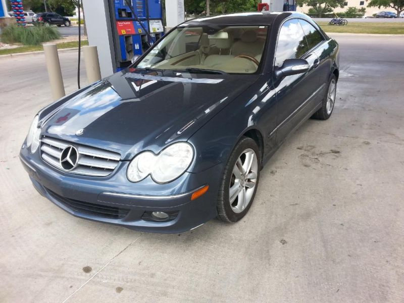 2007 Mercedes Benz CLK 350  Powerful and sporty, is the perfect blend