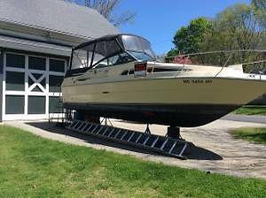 1986 Searay Sundancer 260 Raised camper top