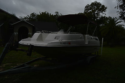 1994 Chaparral Sunesta 220 Deck Boat with trailer